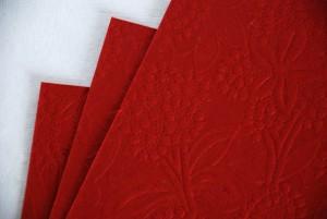 Papier czerpany tłoczony czerwony A4, 150 gsm, 10 arkuszy