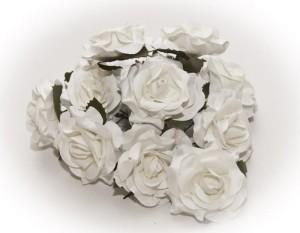 Papierowe róże białe 4 cm - 3 kwiatki rozwinięte